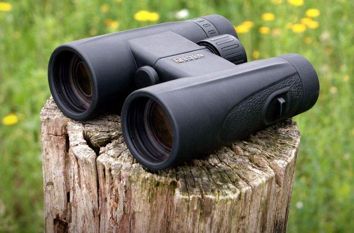 Eden Quality 8x42 HD binocular.