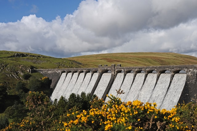 The mighty Claerwen dam - anything can turn up: recently Purple Sandpiper, Golden Eagle, Osprey as well as Peregrine, Hen Harrier, Buzzard, Raven, Kite, Ring Ouzel, etc.