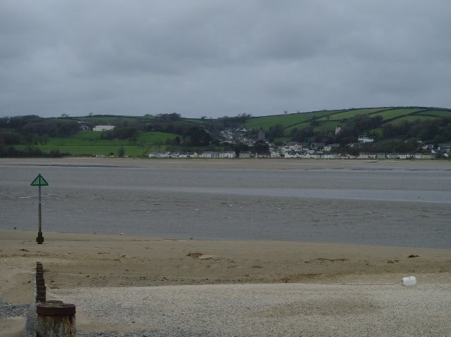 Looking west across the estuary. This is the site where the Glaucous-winged Gull was seen in 2007.