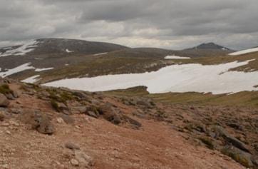 Across the plateau towards Ben Macdui from Cairn Gorm.