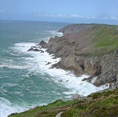 The west or bad weather side of Lundy. More favoured by seabirds.