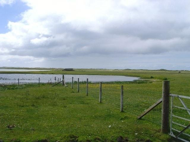 Loch Bhrusda on Berneray.