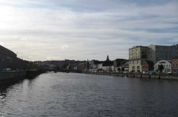 The River Lee running through Cork city centre.