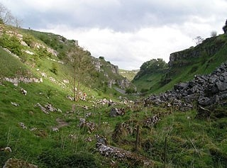 """Upper Lathkill Dale (<a href=""""http://www.multimap.com/map/places.cgi?client=europe&quicksearch=SK168659&scale=25000"""" target=""""_blank"""">SK168659</a>)."""