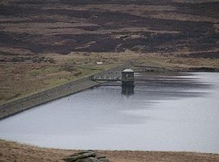 Gorple Upper Reservoir: dam end.